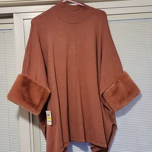 Alfani Size Medium Sweater with fur sleeves Mauve